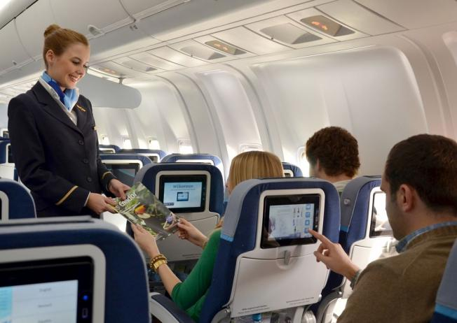 El buscador Jetcost selecciona las 10 cosas que más molestan a los auxiliares de vuelo en un avión.