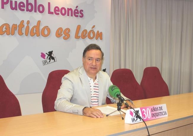 Alejandro Valderas en la rueda de prensa.