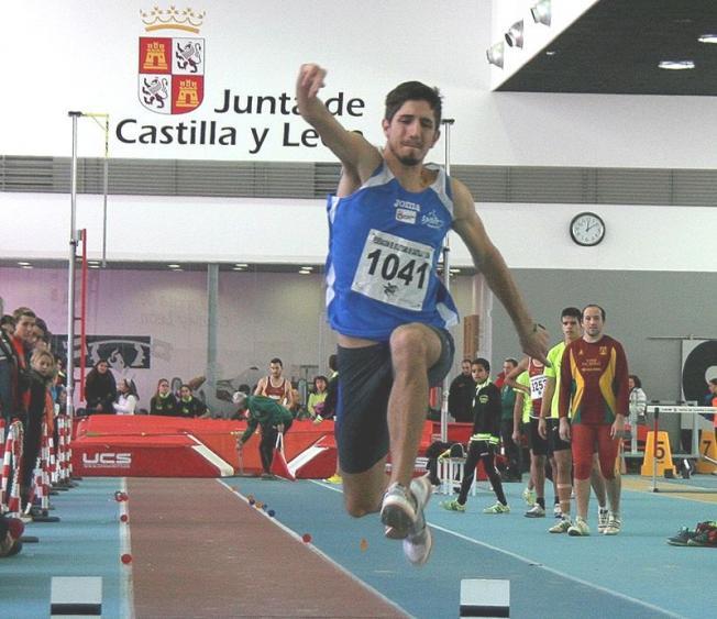 Daniel Pérez durante una prueba.